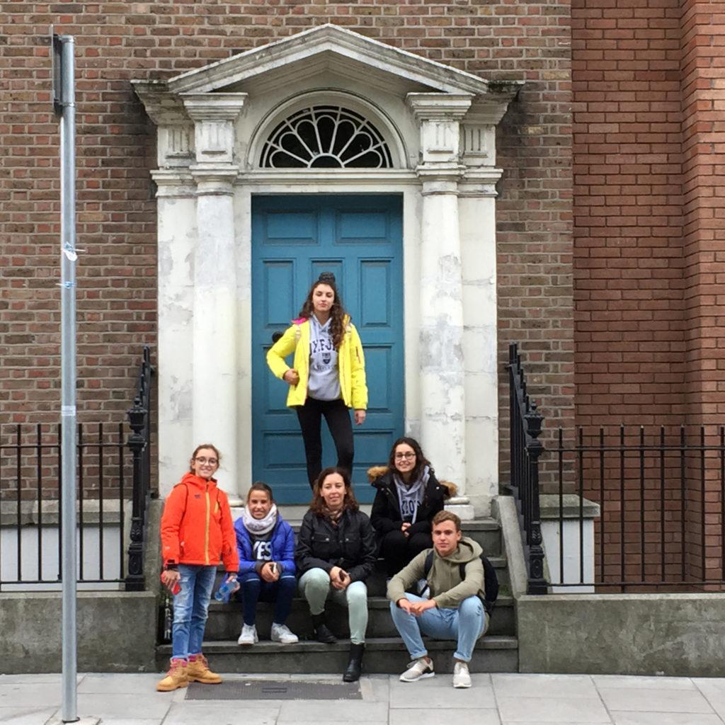 María y familia en Irlanda